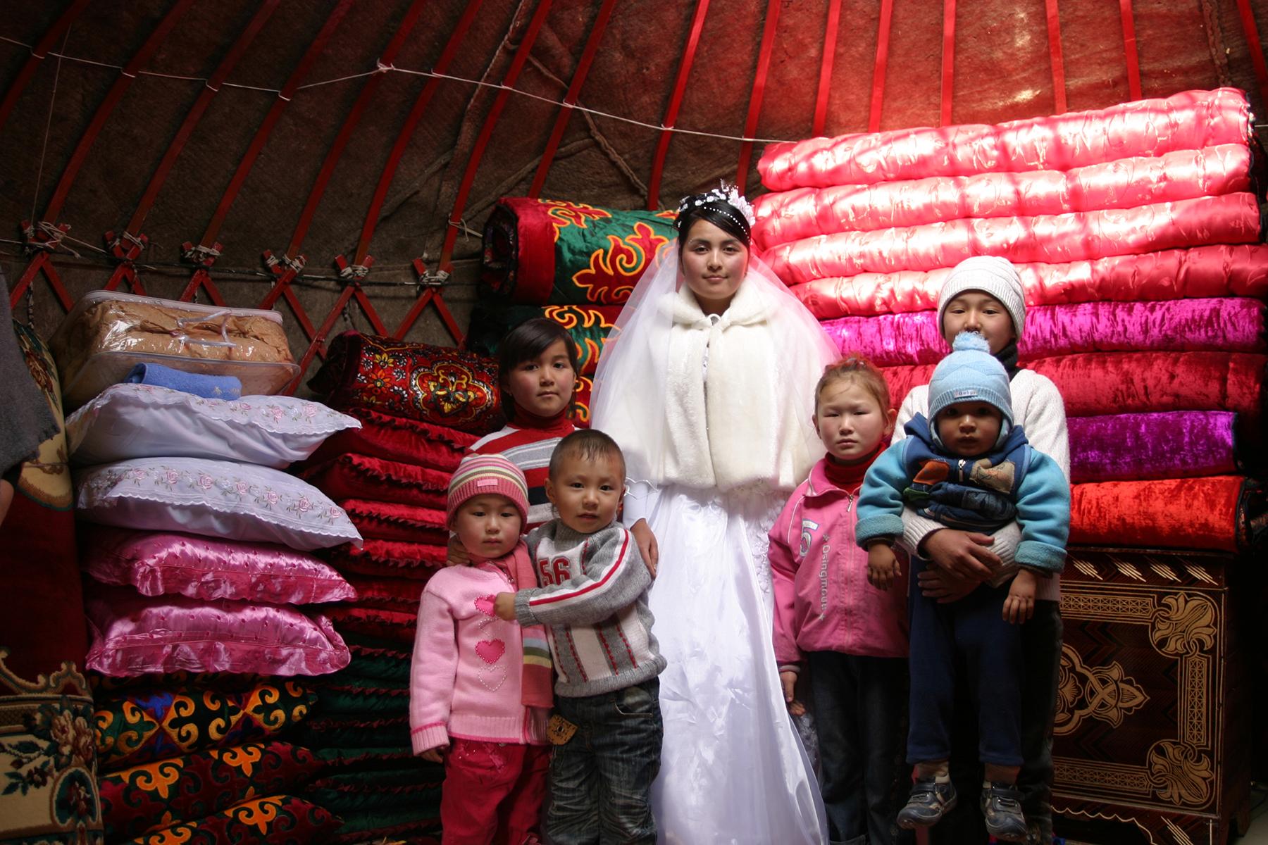 Die Braut, Taigeraiv, Südkirgistan, 2007